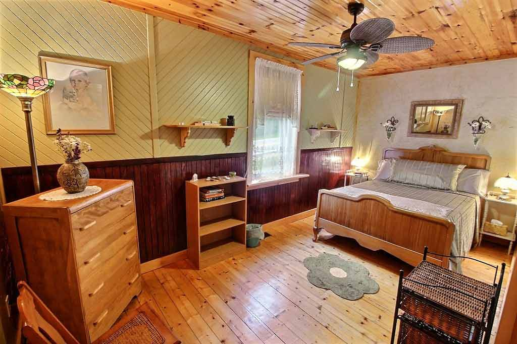 The cabot trail hostel