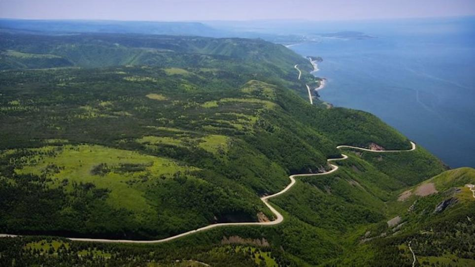 cabot trail hostels